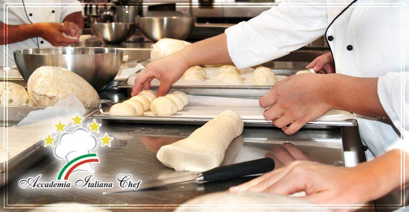 Corso di Cuoco a Bologna: pane e panini.